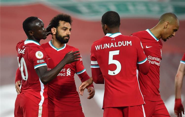 صلاح وماني يحتفلان بالهدف الأول لـ ليفربول