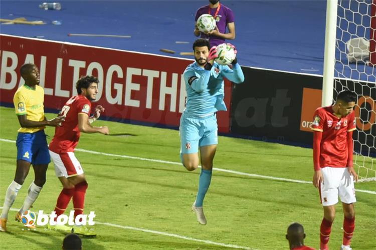 سامي قمصان يكشف حديث موسيماني مع لاعبي الأهلي بعد الفوز على صن داونز