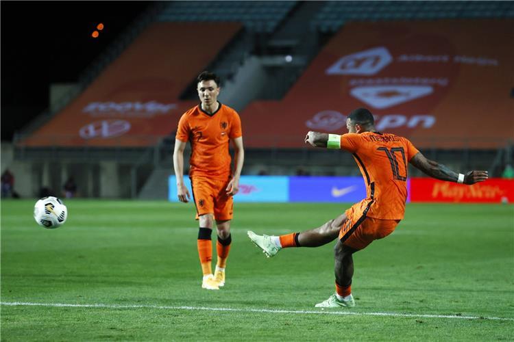 فيديو   ديباي يقود هولندا لتعادل قاتل مع اسكتلندا ...