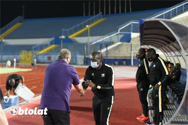 ديفيد نوتواني مدرب منتخب جنوب افريقيا
