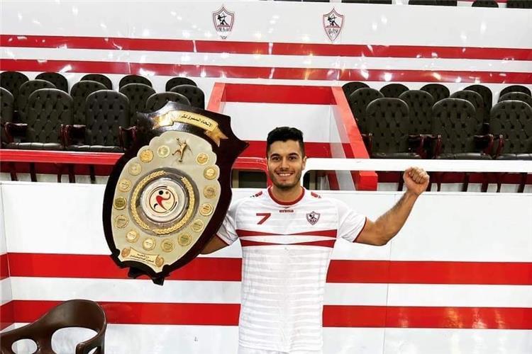 مصطفى خليل لاعب كرة اليد