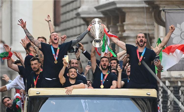 احتفال منتخب إيطاليا