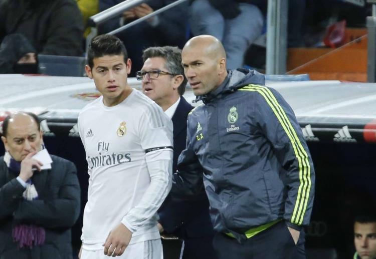 تقارير الميركاتو.. برنامج مدريدي: زيدان لا يرغب في تواجد رودريجيز بعد انتهاء الموسم الحالي