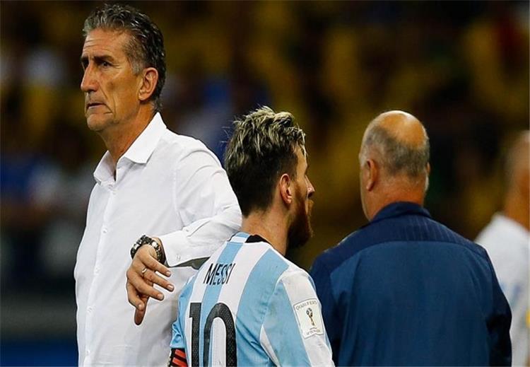 تصريحات.. مدرب الأرجنتين: تصريح ميسي بأن الوضع بات مقرفاً؟ كلامه صحيح.. علينا أن نفوز