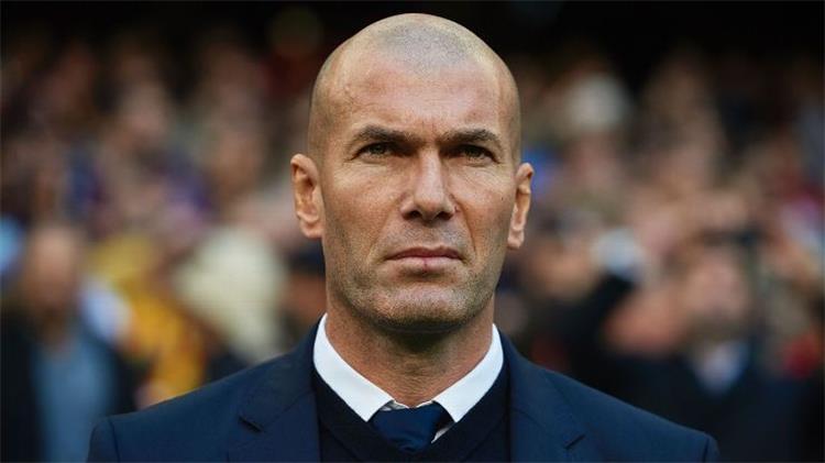 زيدان يصر على التعاقد مع مُهاجم برشلونة السابق