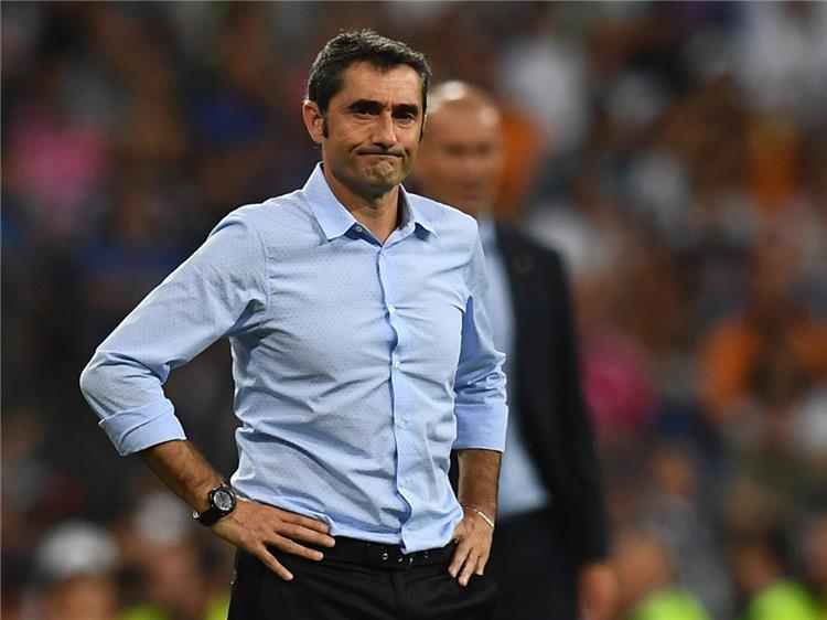 برشلونة يرصد 250 مليون يورو لصفقتين جديدتين