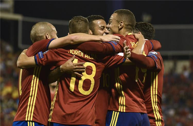رسمي ا إسبانيا تتأهل إلى مونديال روسيا بثلاثية في شباك ألبانيا