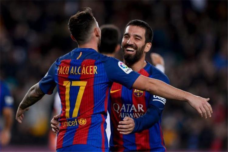 بطولات   منبوذ برشلونة على أعتاب الدوري الإنجليزي