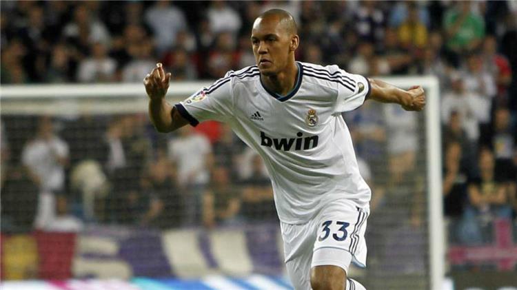 خبايا العقود ريال مدريد سيحصل 225 ألف يورو من عملية إنتقال فابينيو إلى أتلتيكو مدريد