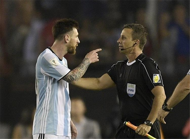 عقوبات تحديد موعد النظر في طعن إيقاف ميسي والاتحاد الأرجنتين ينفي التفاوض مع سامباولي وسيميوني