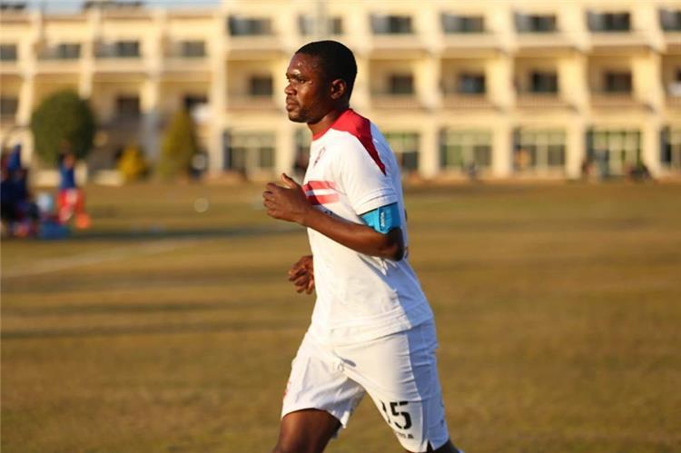 معروف يوسف يصبح ثاني اللاعبين الأفارقة في تاريخ النادي يرتدي