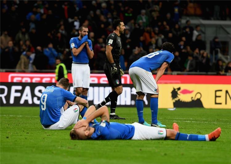تقرير صحف إيطاليا بعد الفشل في التأهل إلى المونديال عار لا يمحوه الزمن