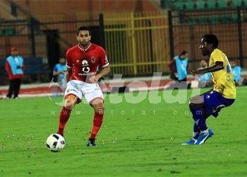 أحمد فتحي يعلق على تجديد عقده مع الأهلي