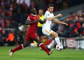 لاعب روما: ليفربول لم يقتلنا.. وسنبصق الدماء من أجل هذا القميص