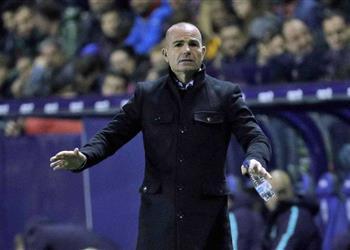مدرب ليفانتي بعد الخسارة من برشلونة: ماذا نفعل أمام ميسي الأفضل في التاريخ؟