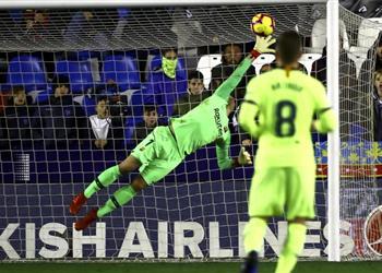 تير شتيجن: برشلونة تحسن دفاعيًا.. وديمبلي لعب بشكل رائع أمام ليفانتي