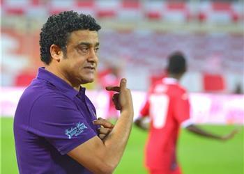 بطولات يكشف حقيقة رحيل عادل عبد الرحمن عن سموحة بعد الخسارة أمام المقاولون