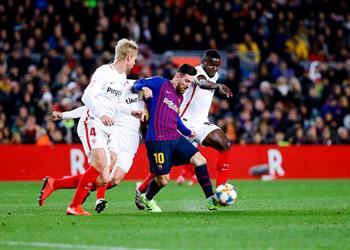 موعد والقناة الناقلة ومعلق مباراة برشلونة وإشبيلية في الدوري الإسباني