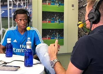 فينيسيوس: لم أفكر في اللعب مع ميسي.. رفضت أموال برشلونة ولهذا السبب انتقلت لريال مدريد