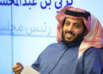 تركي آل الشيخ: سنعلن عرض احتراف أوروبي لأحد نجوم بيراميدز بعد مباراة الزمالك وقفشة لن يرحل