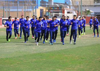 الأهلي يسعى إلى تجهيز لاعب وسط الفريق قبل مباراة المصري