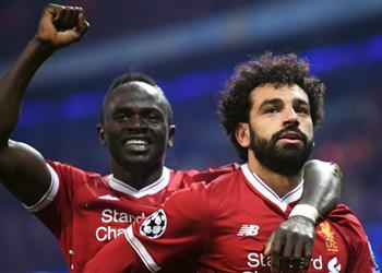 موندو ديبورتيفو: صيام رمضان قد يؤثر على محمد صلاح وماني أمام برشلونة في دوري الأبطال