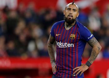 برشلونة يستعد لاتخاذ قرار جديد بشأن فيدال