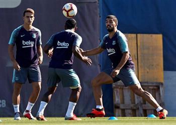 آس: دورتموند يخطط لضم جناح برشلونة في الصيف