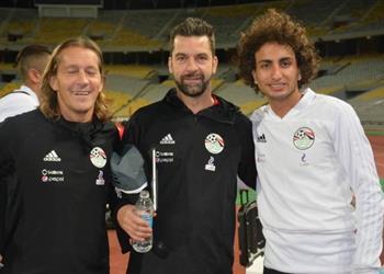 مدرب منتخب مصر يكشف سبب ضم عبدالله السعيد والفارق بين ثلاثي هجوم الفراعنة وطريقة اللعب في أمم افريقيا