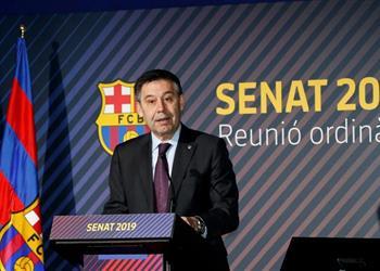 برشلونة ينفي عقد اجتماع طاريء للإدارة