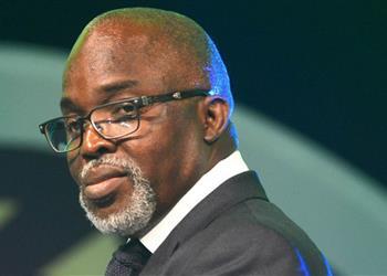 رئيس الاتحاد النيجيري يحفز لاعبيه  للتتويج بأمم أفريقيا 2019