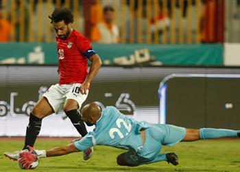 فحص طبي يحدد موقف حارس غينيا من اللعب أمام نيجيريا في أمم إفريقيا