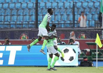 فيديو | كاف يُعلن رجل مباراة نيجيريا وغينيا بأمم إفريقيا