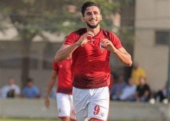 خاص | مهاجم الأهلي يوقع على عقد انتقاله إلى طنطا