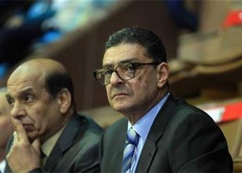 محمود طاهر يوجه رسالة للاعبي الأهلي قبل موقعة الترجي.. ويشيد بالجماهير