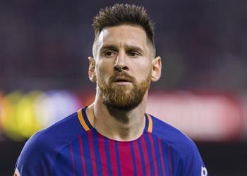 ميسي يطلب من برشلونة عدم بيع زميله