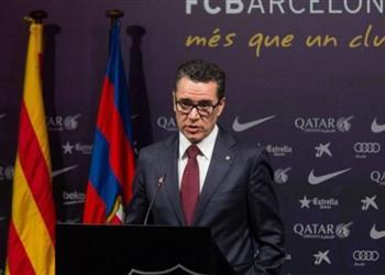 برشلونة يعلق على مطالب استقالة رئيسه
