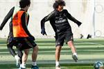 بعد غيابه أمام إيبار للإصابة.. مارسيلو يشارك في تدريبات ريال مدريد الجماعية