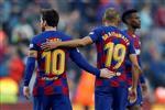 برايثوايت يُذكر جماهير ريال مدريد بهدف رونالدينيو ويؤكد: رونالدو قدوتي ولا أحد مثل ميسي