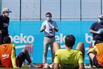 تقارير: لاعبو برشلونة يرفضون تخفيض الرواتب مجددًا ويتهمون المسؤولين بسوء إدارة النادي