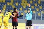 حكم تركي سابق يكشف مدى أحقية طرد مصطفى محمد في مباراة جالطة سراي وأنقرة جوجو