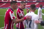 فيديو | جدال ساخن بين سواريز وفاسكيز بعد ركلة الجزاء غير المحتسبة: كيف فزتم بالدوري الموسم الماضي؟