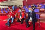 أشرف صبحي يحضر مباراة عبد الرحمن عرابي في الملاكمة بالأولمبياد