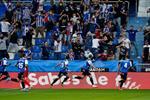 فيديو | سيميوني يواصل التعثر.. ألافيس يحقق فوزه الأول في الموسم أمام أتلتيكو مدريد