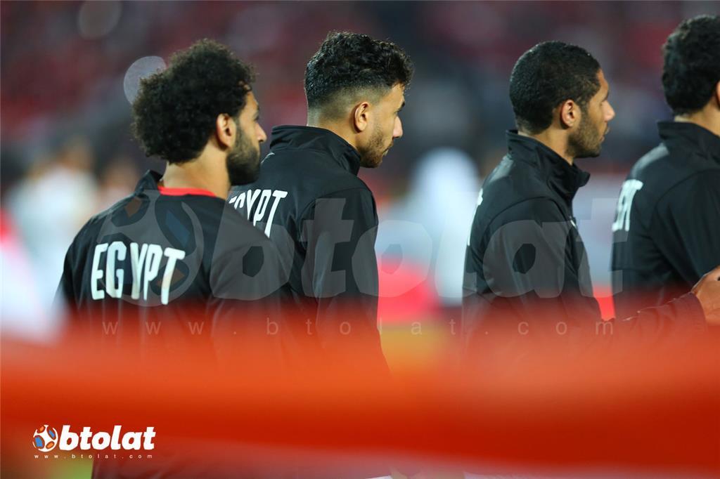 لاعبو منتخب مصر قبل بدء المباراة