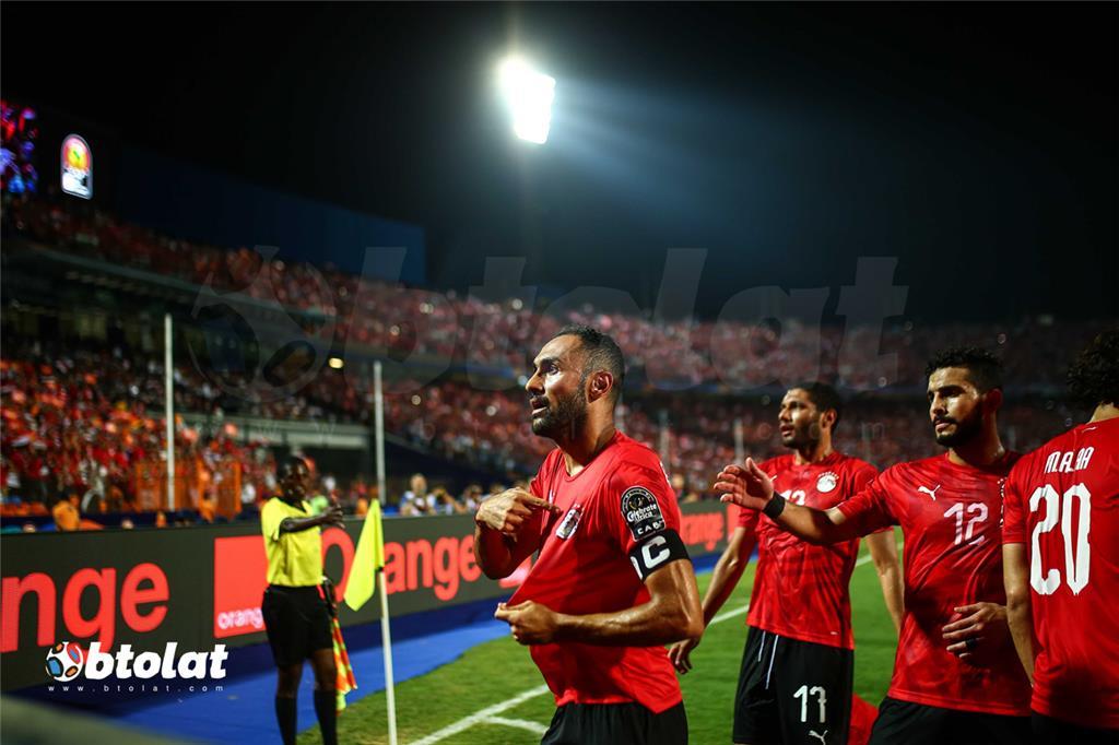 احمد المحمدي لحظة احتفاله بتسجيل هدف مصر الاول