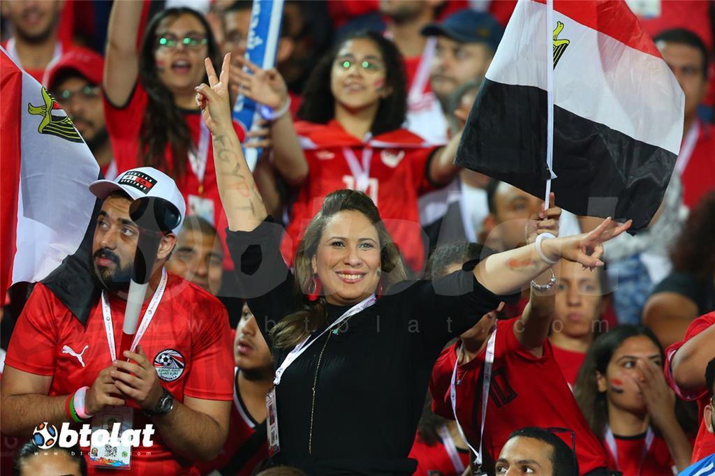 مشجعة مصرية