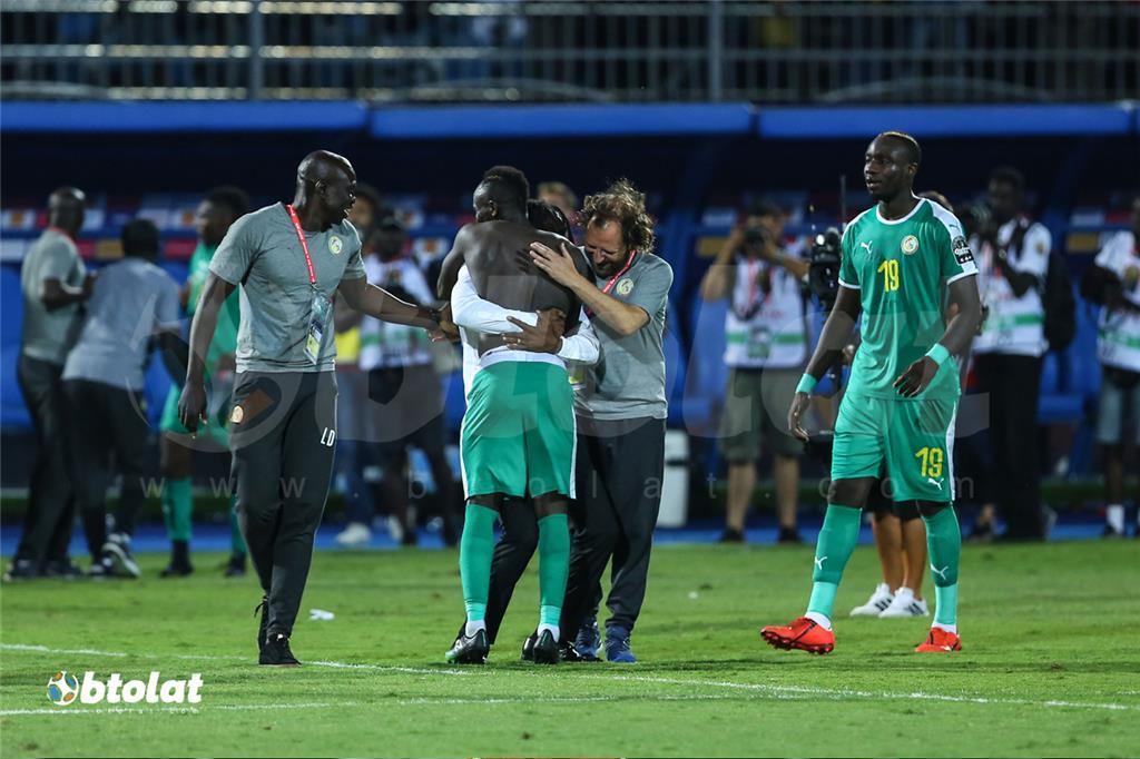 حسرة لاعبي تونس بعد الخسارة امام السنغال