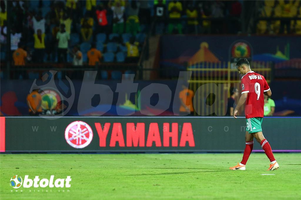 فرحة لاعبي بنين بعد الصعود علي حساب المغرب