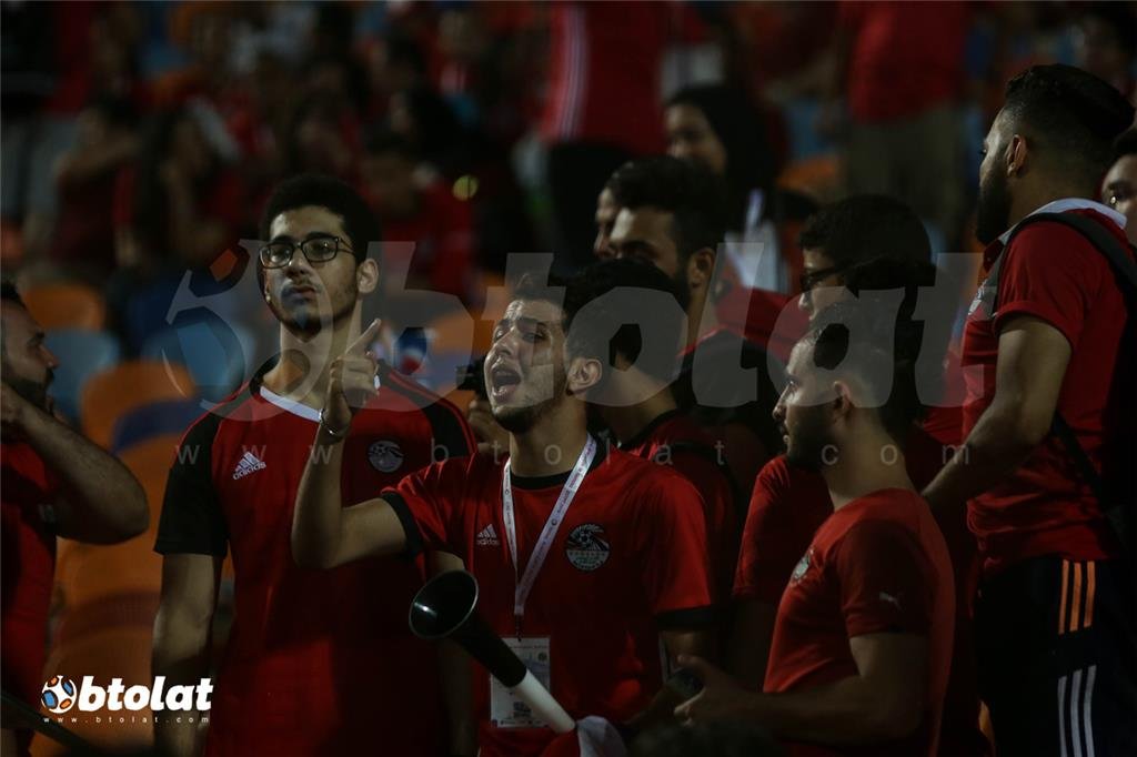 حسرة لاعبي منتخب مصر والجمهور